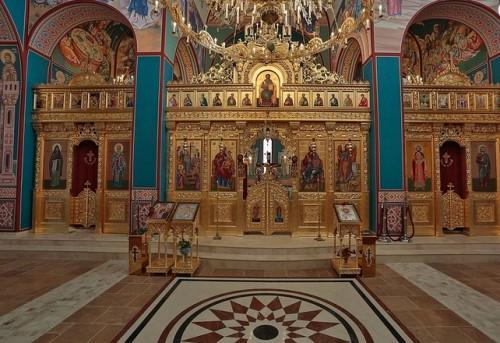 Храм Свето Въздвижение - София има нужда от помощ за довършване на социалните центрове към него