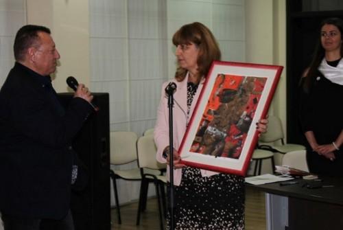 Ученици събраха над 4 000 лв. за паното на Строителния в Бургас