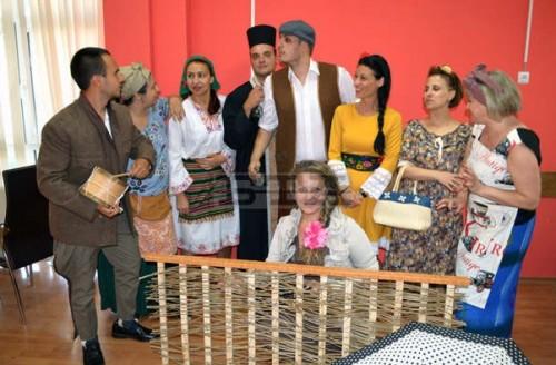 Благотворителен спектакъл за деца в Пазарджик днес
