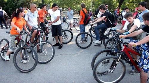 300 км на велосипед в помощ на младежи с двигателни увреждания