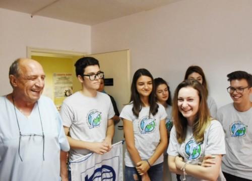 Дариха нова бягаща пътечка на Спортния диспансер във Варна