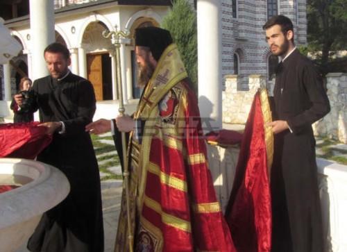Манастирът край село Гигинци дарява 20 овце за пострадалите от чумата райони