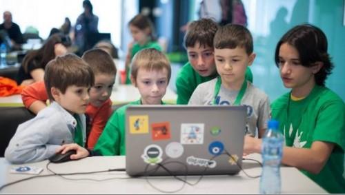 """""""Телерик академия"""" организира 65 безплатни школи по програмиране за деца"""