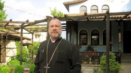 """Трапезарията към църквата """"Св. Успение Богородично"""" в Кърджали приема социално слаби хора"""