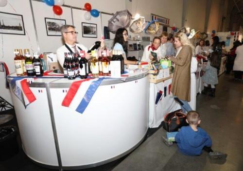 Събраха 300 000 лева на благотворителен базар в София