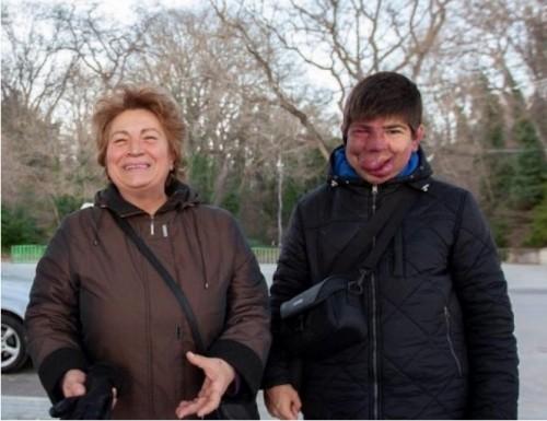 Добри хора от 3 континента събраха парите за операцията на Виктор