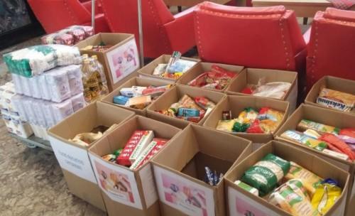 Млади хора дариха продукти за домашния социален патронаж в Мездра