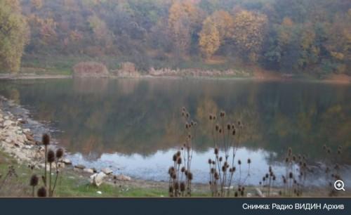 Русенец организира благотворително плуване