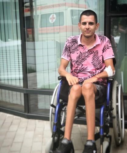 20-годишно момче се нуждае от 23 200 евро за лечение