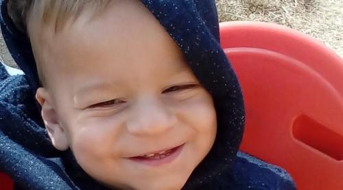 Да помогнем на Орлин – малкият герой, който се бори от първата глътка въздух
