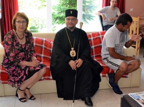 Митрополит Киприан и деца сираци ще посетят Света гора