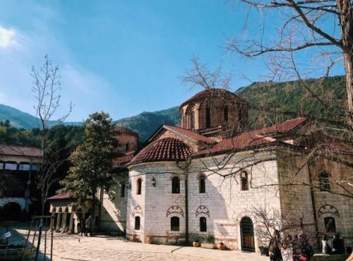 В Бачковския манастир ще се проведе семинар за учителите от българските училища в чужбина