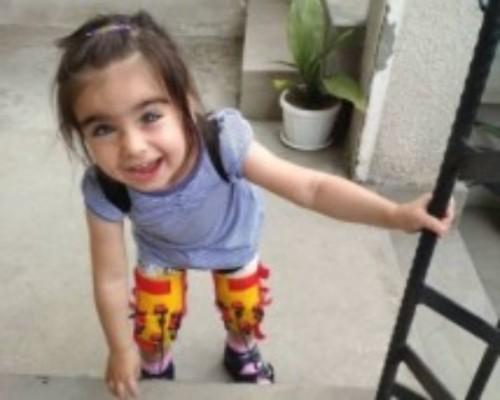 Да подкрепим 3-годишната Вики!