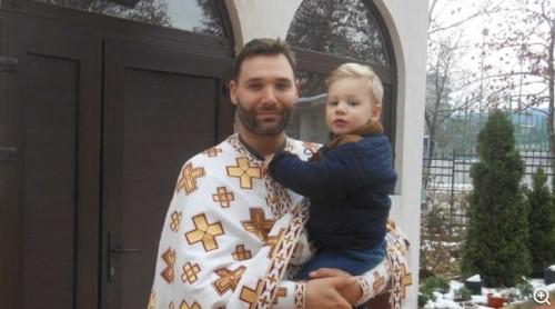 Свещеник от Македония, завършил в Кеймбридж, избра Горна Оряховица