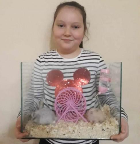 Дете продава домашните си любимци, за да помогне на Михаела