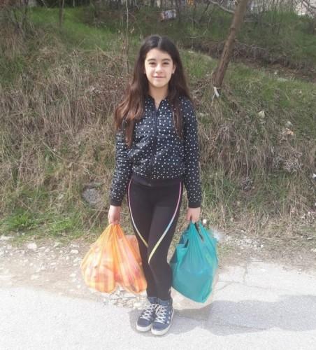 12- годишната Александрина дари наградата си на нуждаещи се хора