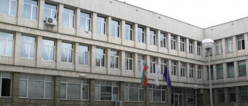 Десетки откликнаха на апела за помощ и дариха кръв на родилката, паднала от четвъртия етаж на болницата в Горна Оряховица.