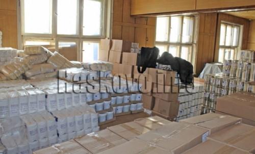 БЧК раздава допълнително хранителни пакети на 908 нуждаещи се в Хасковско