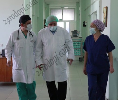 Третокласници направиха дарение на болницата в Кърджали