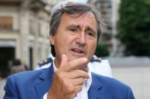 Шеста година кметът на Венеция дарява заплатите си за благотворителни проектиe