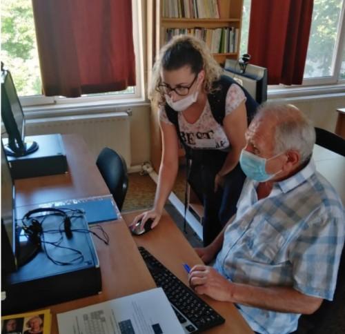 """Безплатно обучение по компютърна грамотност се проведе в библиотека """"ЗОРА"""""""