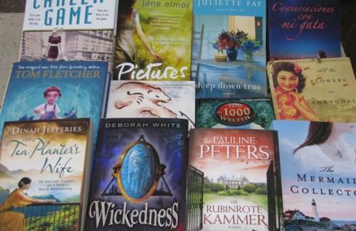 """Дариха 100 книги на библиотеката на читалище """"Заря"""""""