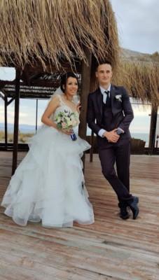 Младоженци помагат на най-малките пациенти на УМБАЛ-Бургас