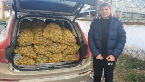 Фирми изкупуват картофи на производители, за да ги дарят на социално слаби