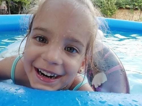 Горнооряховчани се обединиха, за да помогнат на 4-годишно момиченце с церебрална парализа
