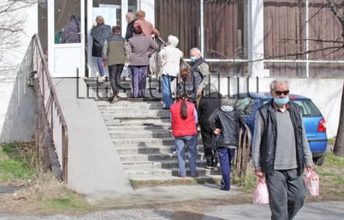 Започна раздаването на топъл обяд на 287 нуждаещи се в Хасково и на 1 313 по селата