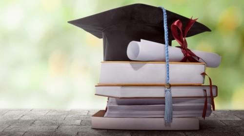 Започна дарителска кампания за стипендии на отличните ученици и бъдещи студенти