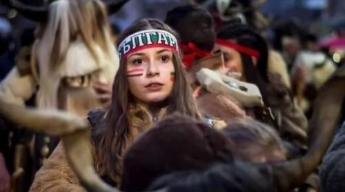 17-годишна световна шампионка по фолклор се бори за живота си