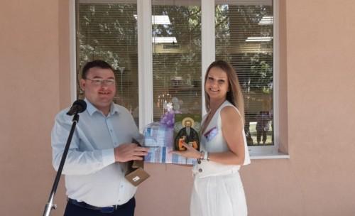 Център за грижа за възрастни хора в невъзможност за самообслужване бе открит днес в Свищов