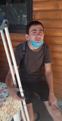 137 лв. делят 25-годишен младеж от достъп до лечението му