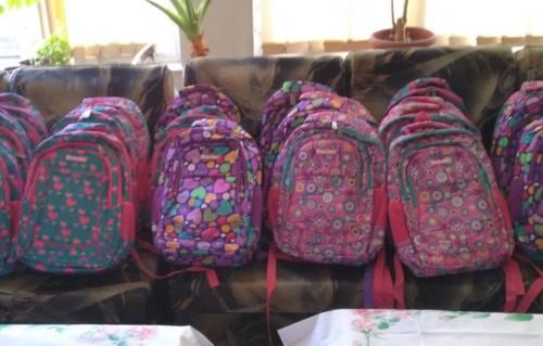 Тракийци с ново дарение за неделното училище в Истанбул