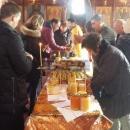 Над сто бурканчета мед дариха разградските пчелари на Дом за стари хора