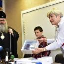 Варненският митрополит Йоан дари 17 500 лв. за деца, болни от диабет