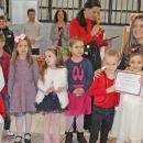 17 училища и детски градини се включиха в мартенския базар за Михаела