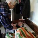 Баба Соня се нуждае от помощ за следоперативния период, който ѝ предстои